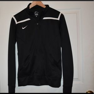 Nike Dry Fit Sweater